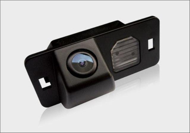 как подключить камеру заднего вида к магнитоле