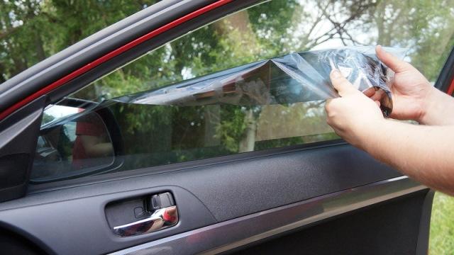 Тонировка без снятия стекол своими руками 32