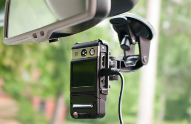 как подключить видеорегистратор в машине без прикуривателя